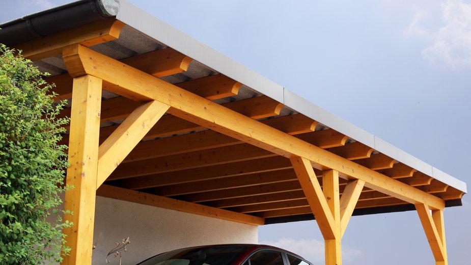 Wiatę można wykorzystać jako osłonę dla samochodu -  U. J. Alexander/stock.adobe.com