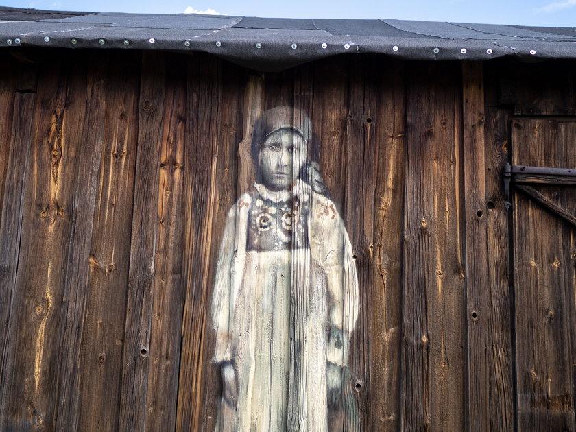 W Lubochni powstał mural na 80-letnich deskach stodoły