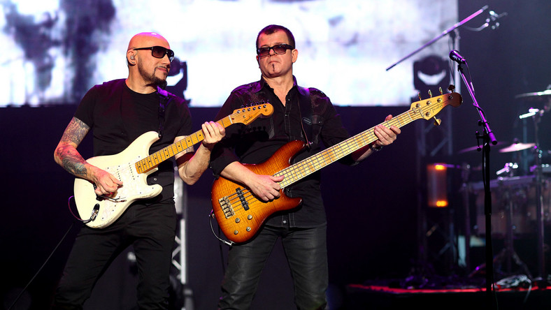 """Album """"Electro Acoustic Live"""" jest zapisem koncertu, który odbył się 12 października w Sali Kongresowej w Warszawie"""