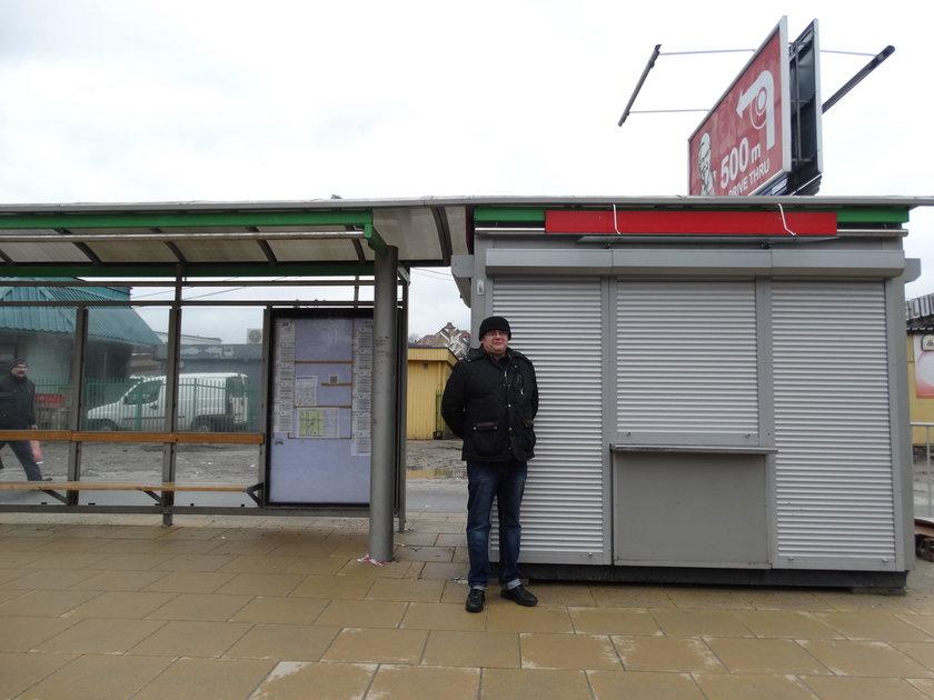 Kiosk przy al. Tysiąclecia