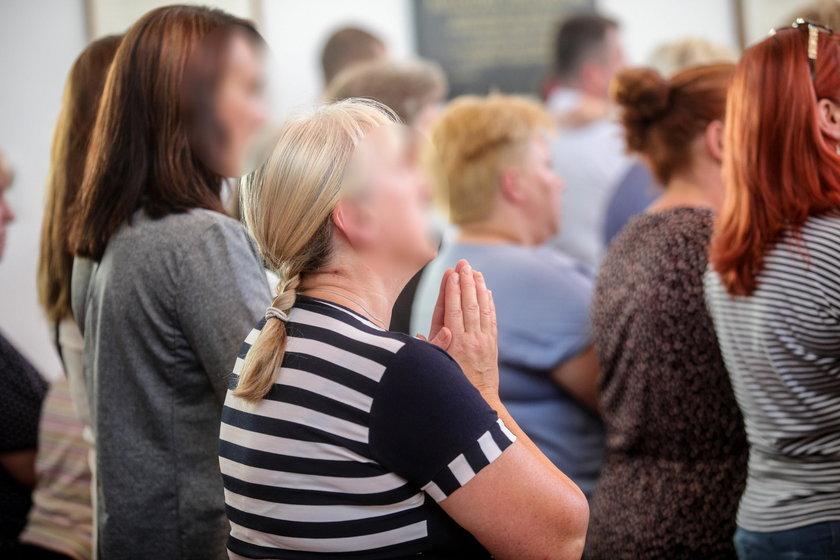 Przejmujące sceny w Grodzisku Mazowieckim. Msza święta w intencji Dawidka