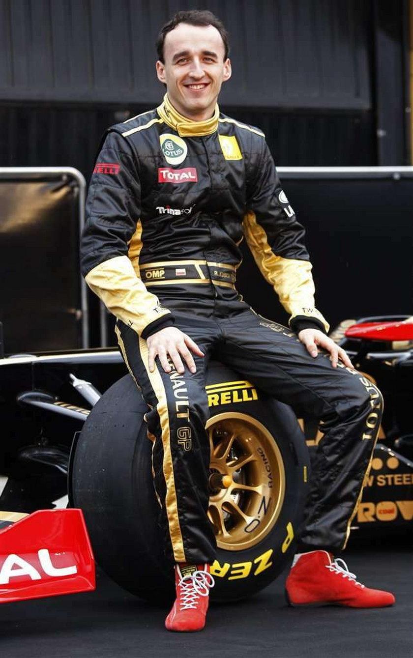 Robert Kubica i Witalij Pietrow pokazali nowy bolid na sezon 2011