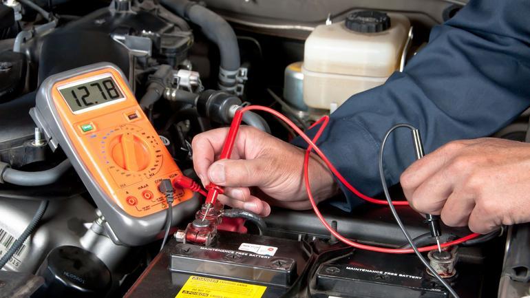 Co szkodzi akumulatorom?