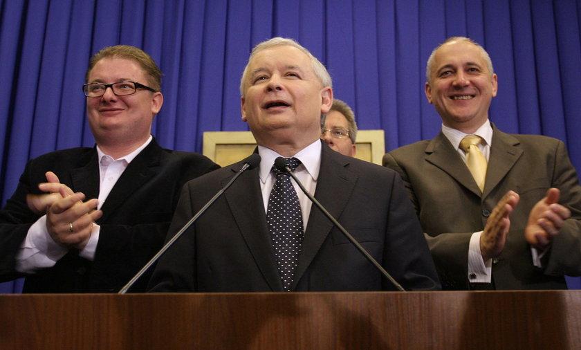 Michał Kamiński, Jarosław Kaczyński i Joachim Brudziński w 2009 r.