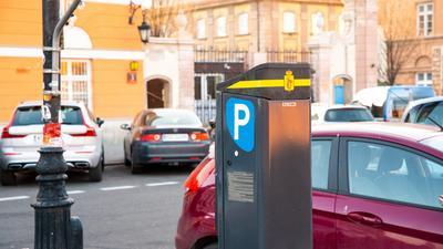 Parkometr w telefonie. Jak korzystać z elektronicznego biletu parkingowego?