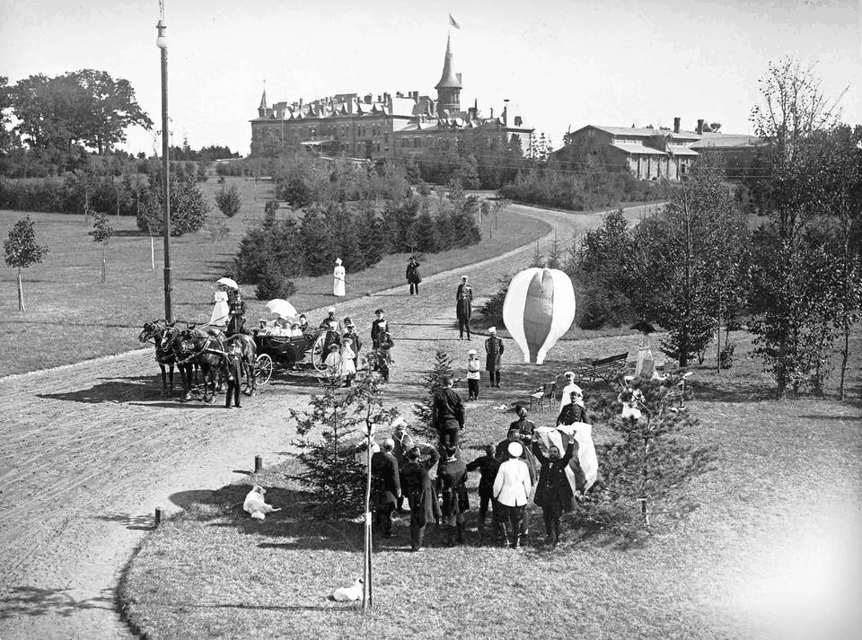 Park Pałacowy w czasach swojej świetności, początek XX wieku