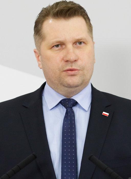 Minister edukacji o ew. szczepieniu i testowaniu maturzystów. Wspomniał też o Krystynie Pawłowicz