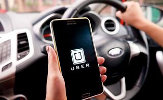 Uber i preautoryzacja: Co oznacza przejażdżka z blokadą na karcie