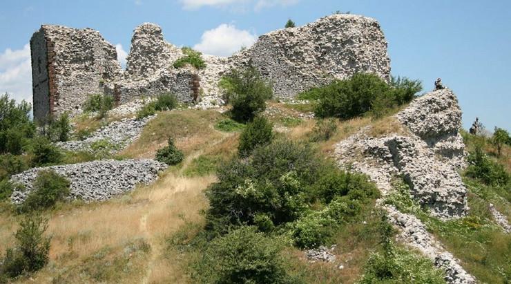 679525_novobrdoserbia1-wikimedia-public