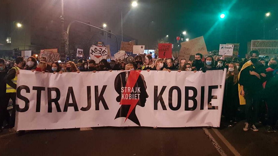Strajk Kobiet po wyroku TK ws. abrocji w Krakowie