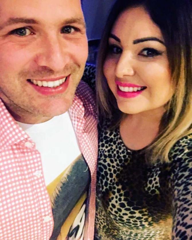 Laura sa suprugom