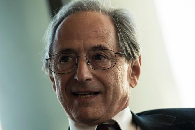 Dr Majkl Levit