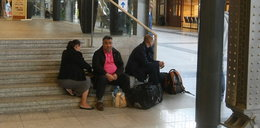 Na Dworzec Główny z prowiantem i krzesełkiem