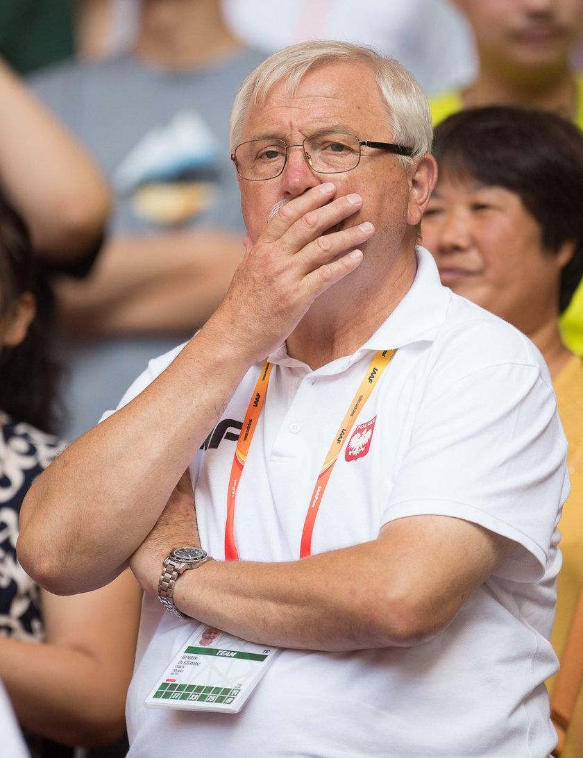 – Michał powinien skorzystać z tego, że przez koronawirusa zostały na przyszły rok przełożone igrzyska olimpijskie i wyleczyć łokieć do końca – tak o kulomiocie mówi Henryk Olszewski (68 l.), prezes PZLA.