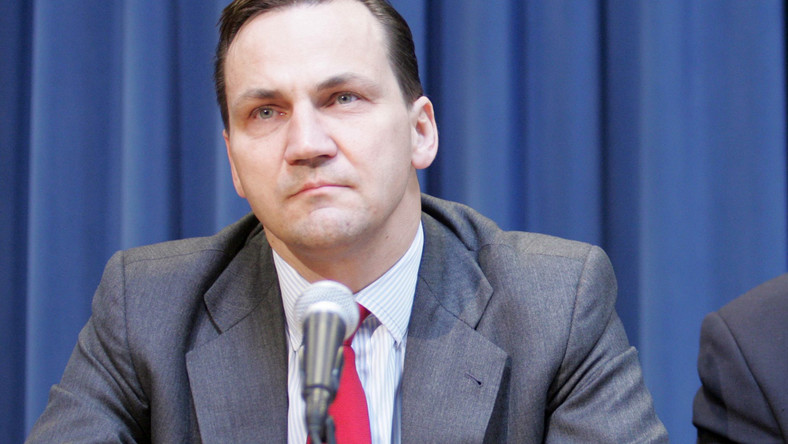 Sikorski: Steinbach przyszła do Polski z Hitlerem
