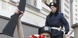 Dramat Ukrainek. Ich piersi nudzą! FOTO