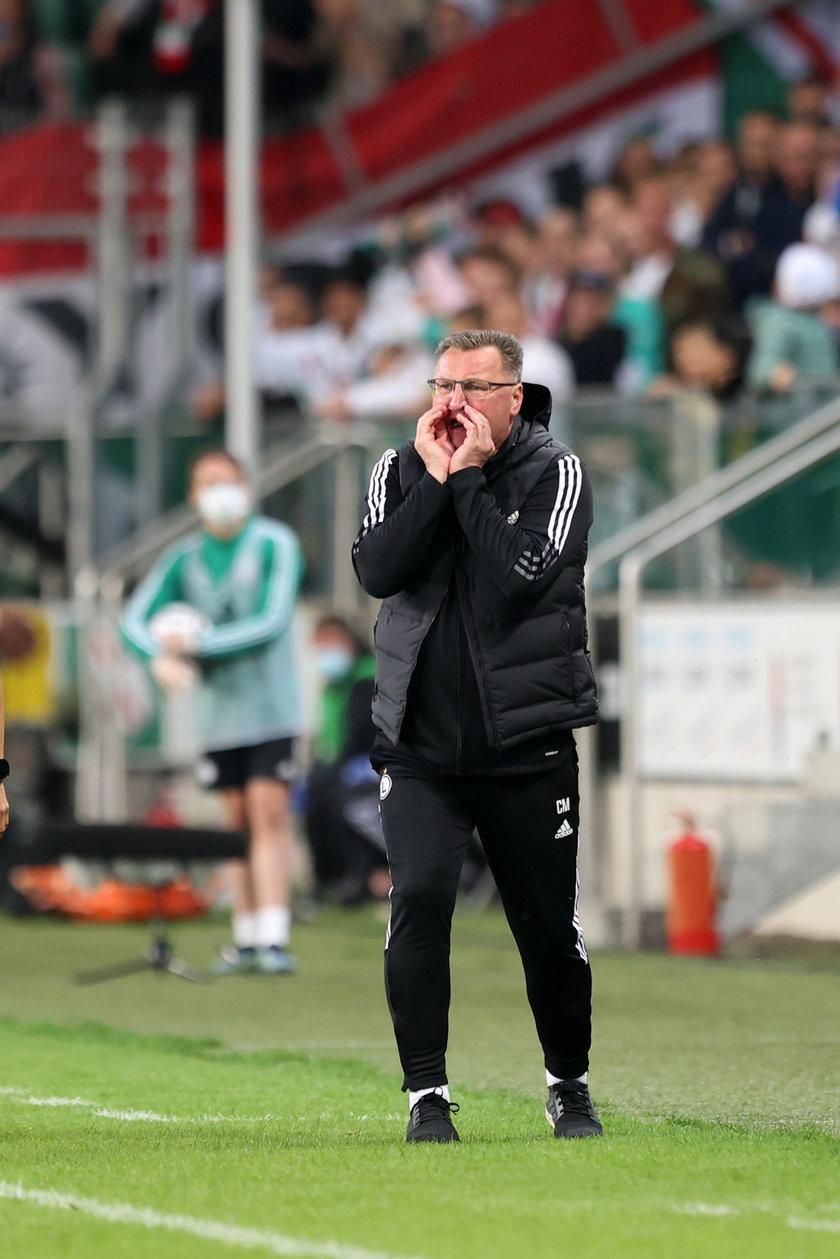 Trener Legii Warszawa w czasie meczu ze Spartakiem.