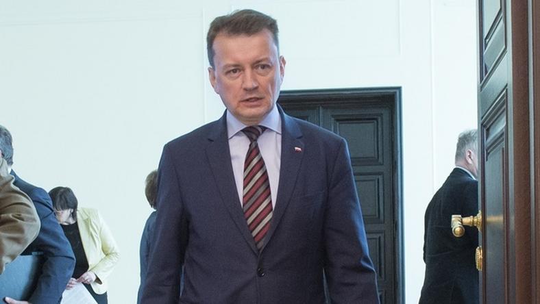 Minister Mariusz Błaszczak zdecydował o natychmiastowej deportacji Sinana H.