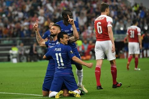 Olivier Giroud (L) scored the opening goal in the final just after half-time