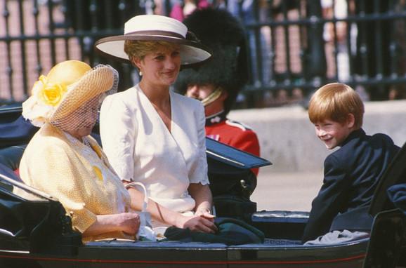 Hari sa majkom princezom Dajanom i bakom u junu 1992.