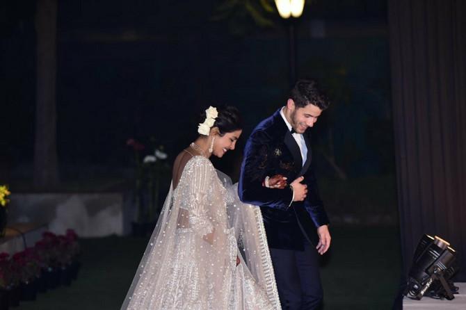 Početkom decembra Prijanka je organizovala prvi venčani prijem, a tad aje blistala u ovoj venčanici