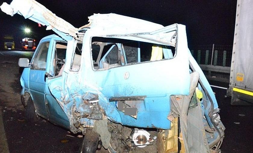 Wypadek busa na S-3