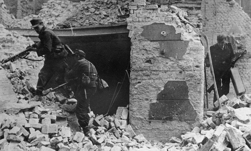 Powstanie Warszawskie wybuchło 1 sierpnia 1944 roku.