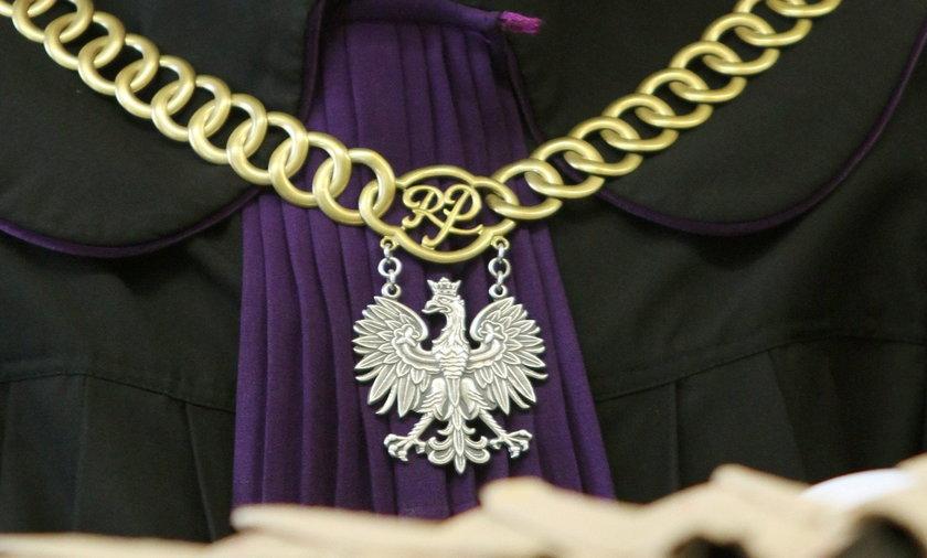 Bielsko-Biała. Akt oskarżenia w sprawie uduszenia męża ścierką