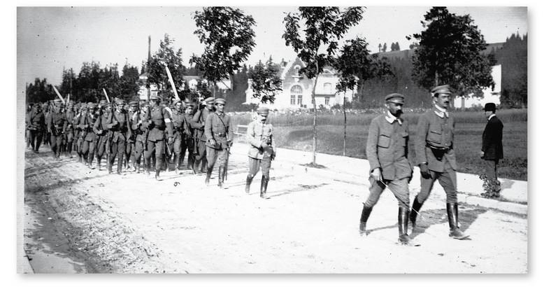 Oddział Związku Strzeleckiego podczas ćwiczeń w Zakopanem, 1913 r.