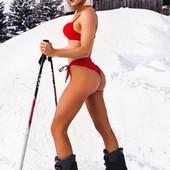 Najzgodnija Srpkinja stala na skije u bikiniju i OTOPILA SNEG NA KOPAONIKU: Ako ste zimogrožljivi, skrenite pogled jer ovo je SEKSI DA SE ZALEDIŠ