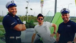 Kary dla policjantów za zdjęcie z Kubą Wojewódzkim