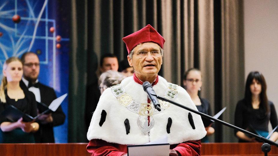 Prof. Zbigniew Gaciong, rektor Warszawskiego Uniwersytetu Ekonomicznego
