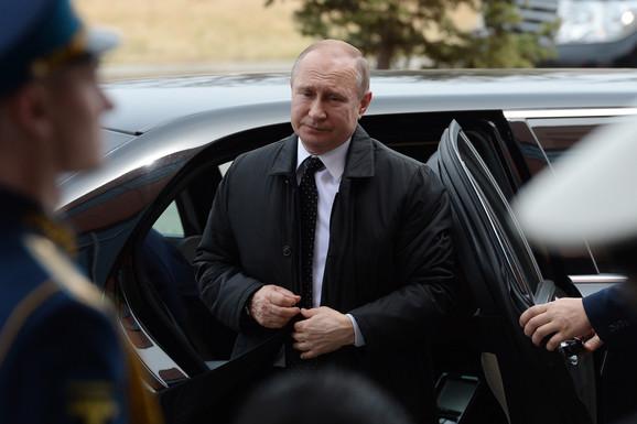 Vladimir Putin u Vladivostoku