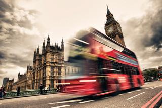 Wielka Brytania: Po śmierci 26 kierowców zakaz wchodzenia do autobusów przednimi drzwiami