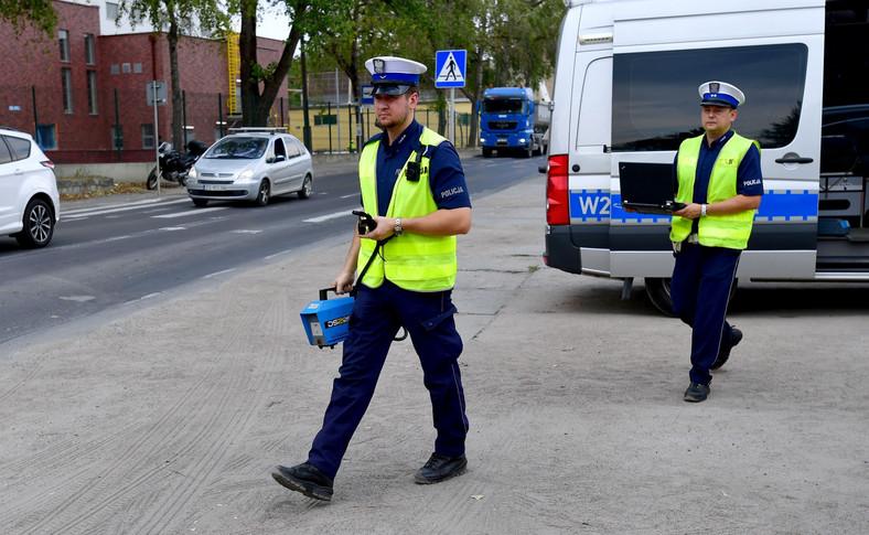 Policjanci będą wyposażeni w specjalistyczny sprzęt, między innymi w dymomierze i analizatory spalin
