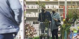 Tak Artur Żmijewski dba o swój ogród. FOTO