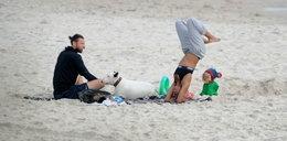 Polska aktorka na plaży. Ale się wygina!