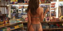 Ratajkowski rozebrała się w sklepie spożywczym! Nam opadła szczęka