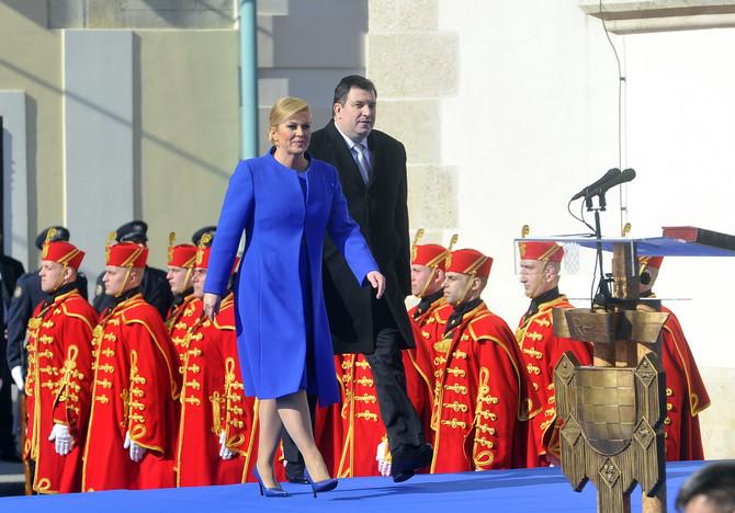 Kolinda Grabar Kitarović na inauguraciji 2015. u Zagrebu sa suprugom Jakovom Kitarovićem