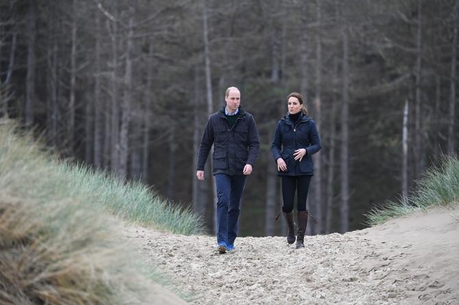 Kejt u šetnji sa suprugom