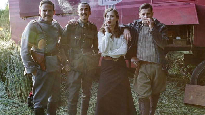 Aktorzy z filmu Wiktoria 1920