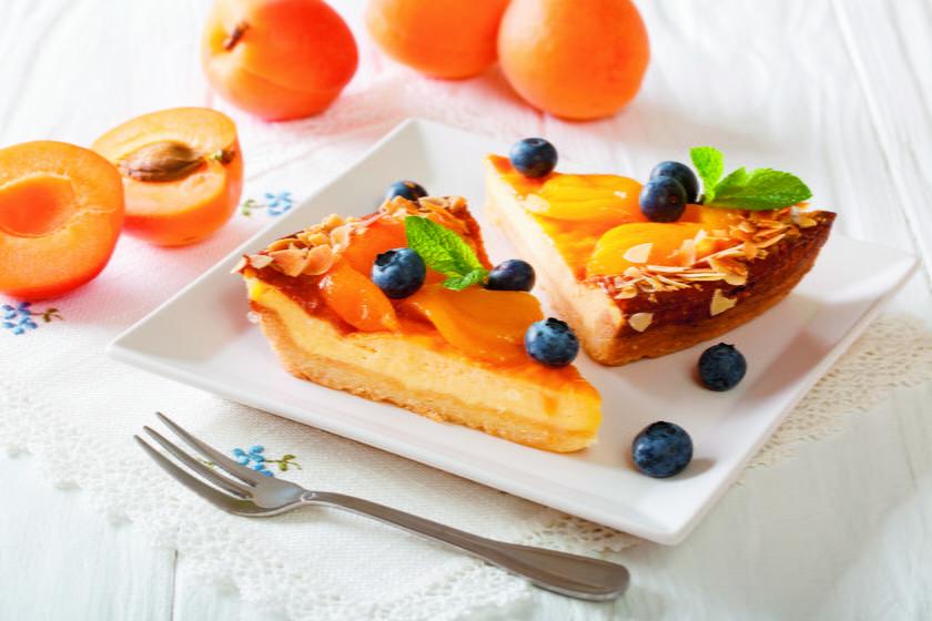Słodkie morele kuszą w wypiekach. Sprawdzone przepisy