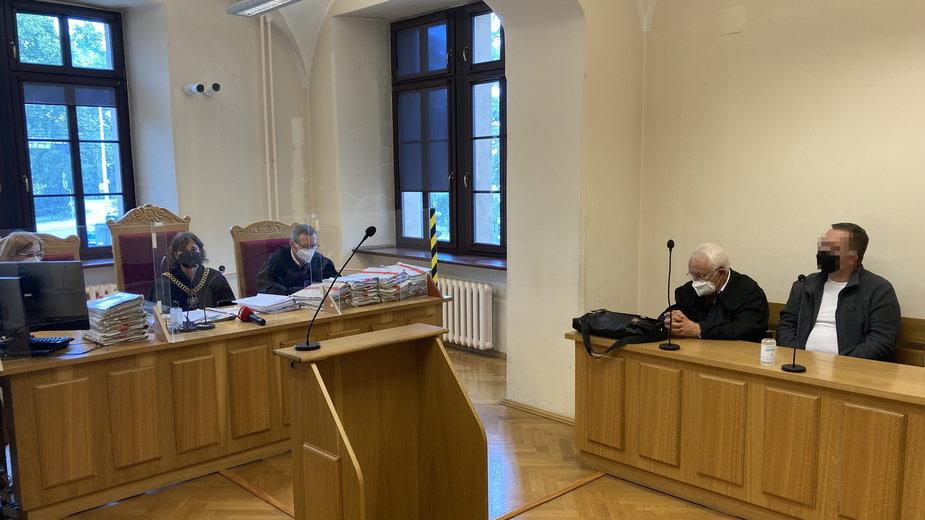 Paweł Kania podczas rozprawy w sądzie
