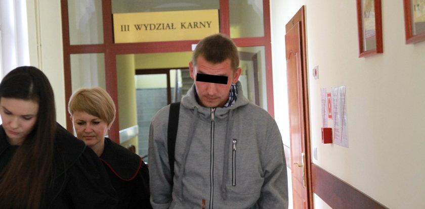 26-latek spod Nysy przez lata gwałcił siostrzyczki. Zarzucono mu też znęcanie się nad własnymi dziećmi