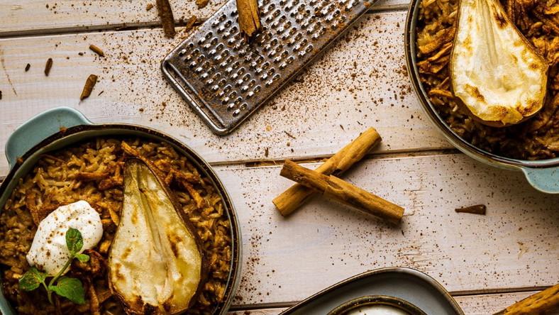 Ryż brązowy zapiekany z gruszkami