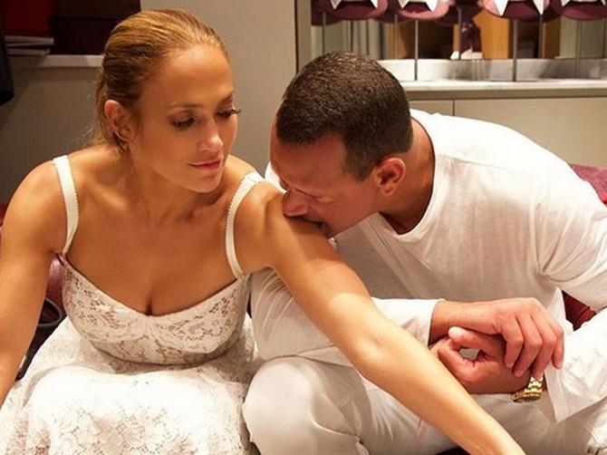 Priča se da verenik Dženifer Lopez vara zvezdu sa OVOM ŽENOM: Rodila mu je dve ćerke i dobija 300.000 evra mesečno od njega