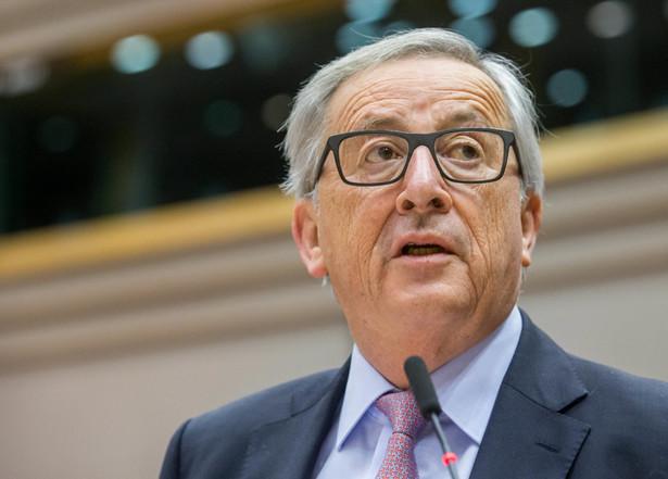 """Jean-Claude Juncker zaprezentował """"Białą księgę o przyszłości Europy"""""""