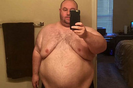 Imao je 200 kila, žena ga je ostavila jer nije mogao da ima seks, a danas je TOLIKO DOBAR FRAJER da se devojke okreću za njim na ulici!