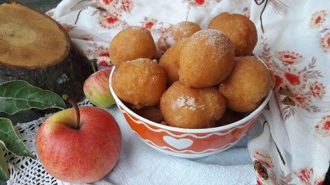 Probajte ove mekane loptice prepune jabuka.