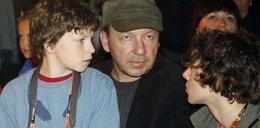 Zamachowski z synami, Figura z córką. Foto